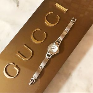 Auth. Gucci Vintage Brushed Silver Plated Watch